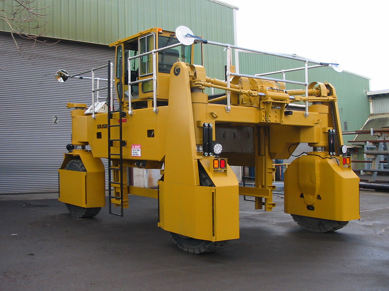 Straddle Carrier with a Funk 1600 Series Axle
